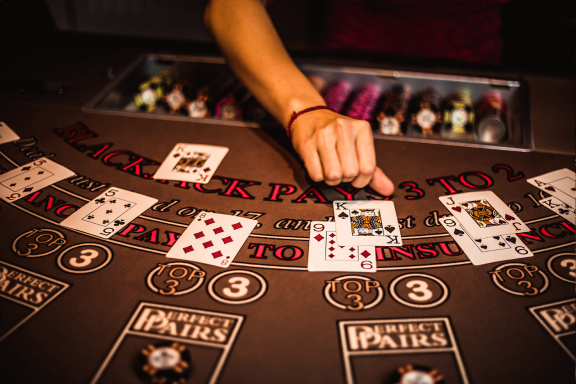 Online Poker-Play It With The Help Of RNG